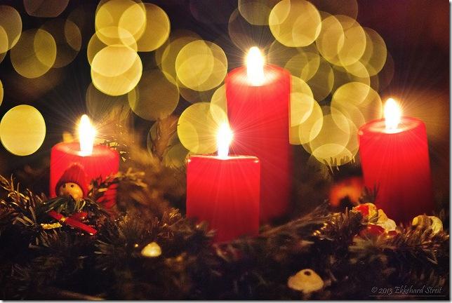 Свічки на новорічній ялинці